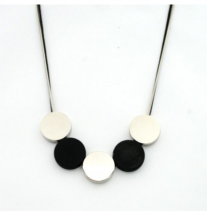 Five Circles Necklace In Silver & Black