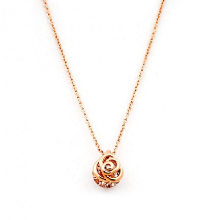 Dainty Rose Necklace in Rose Gold